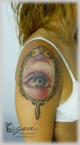 ojo tattoo