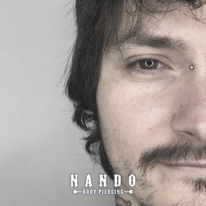 piercing Cuenca. Bridge Piercing. Titanio Piercing. by: Nando Body Piercing